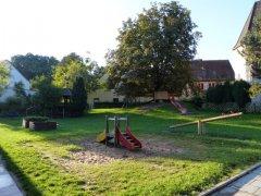 Garten - viel Platz zum Spielen